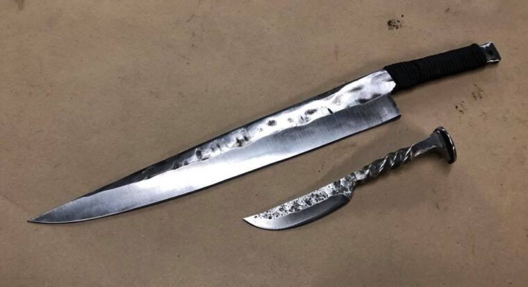 Big Ass Knife Blacksmith Workshop